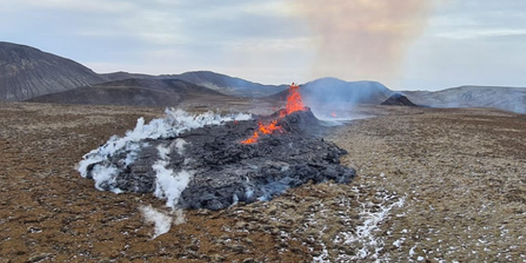Lava Photos From the Newest Iceland Eruption Show a Wild, Oozing Flow!