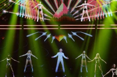 These Scientists Are Figuring Out How To Make a Hologram Feel Real